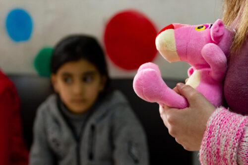 Παιδική κακοποίηση: Τα θύματα δεν προστατεύονται